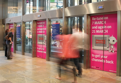 Boost brand awareness through mall advertising opportunities