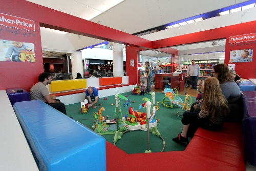 CASE STUDY: Families engage with Fisher Price play & retail area
